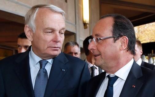 Les sondages, toujours défavorables pour Hollande et Ayrault