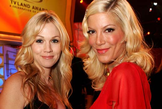 Mystery Girls - Jennie Garth et Tori Spelling : retour raté