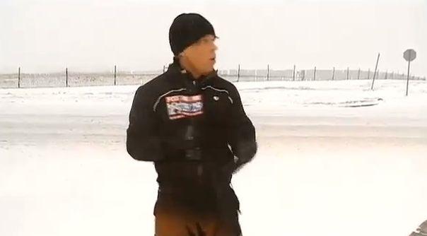 Un journaliste sous la vague de neige