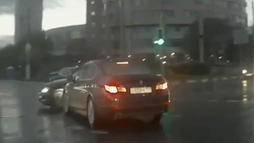 Un fantôme sur la route