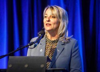 Coronavirus Canada: la mairesse de Longueuil infectée, trois ministres en isolement