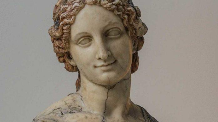 Léonard de Vinci n'a définitivement pas sculpté le buste de la Flora (étude)