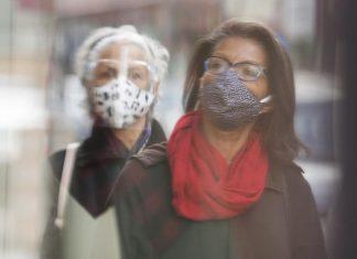 Coronavirus: Le masque ne sera plus obligatoire en tout temps au travail en zones verte et jaune