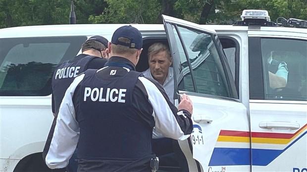 Coronavirus : Maxime Bernier arrêté au Manitoba pour non respect des règles sanitaires