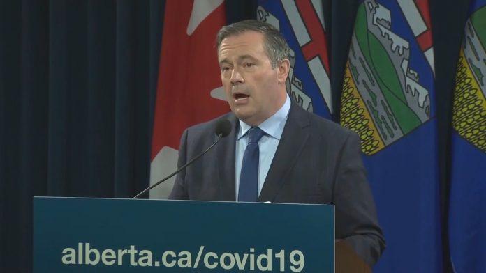 Coronavirus : L'Alberta déclare l'état d'urgence sanitaire et instaurera un passeport vaccinal